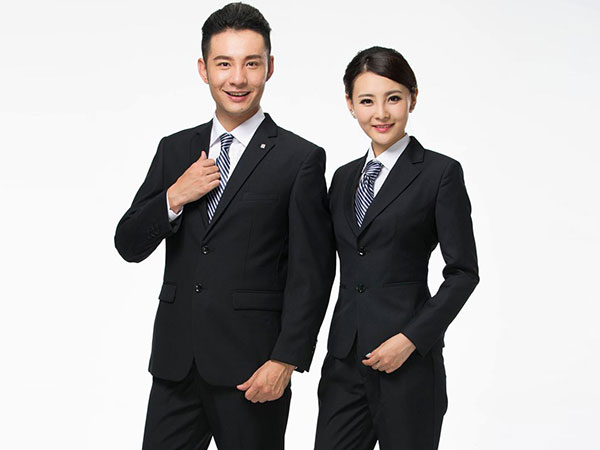 祥嘉富服装厂_